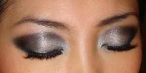 gray-smokey-eyes-with-mac-azreal-blue-pigment-and-jane-clubbing-eyeshadow